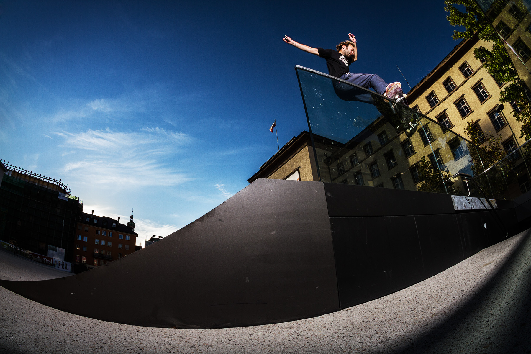 Michael Mahringer - Frontside Smith